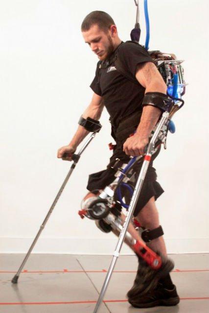 X1 - экзоскелет для астронавтов и инвалидов
