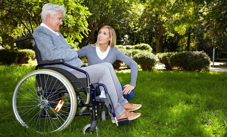 Как оформить опекунство над пожилым человеком инвалидом